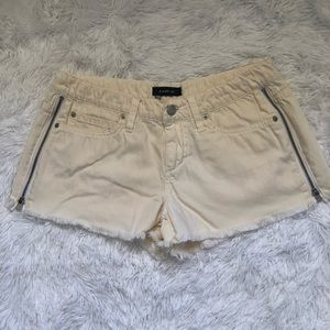 Bebe Pale Yellow Cream Color Sexy  Shorts Sz 26